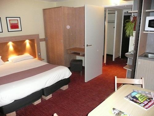 Location au ski Hôtel Suite Home Briançon - Serre Chevalier - Chambre
