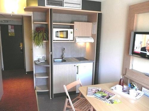 Location au ski Hôtel Suite Home Briançon - Serre Chevalier - Coin repas