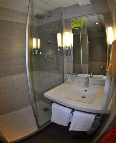 Location au ski Hôtel Suite Home Briançon - Serre Chevalier - Salle d'eau
