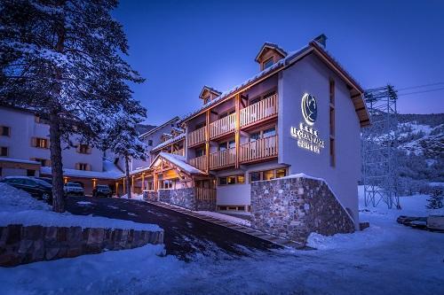Location au ski Le Grand Aigle Hôtel et Spa - Serre Chevalier - Extérieur hiver