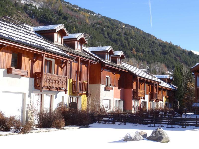 Location au ski Les Chalets du Jardin Alpin - Serre Chevalier - Extérieur hiver