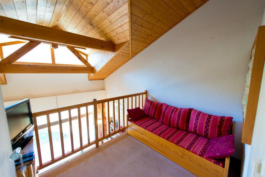 Location au ski Chalet mitoyen 4 pièces 10 personnes (LSA030-1800) - Maison mitoyenne Pontillas - Serre Chevalier - Canapé-lit