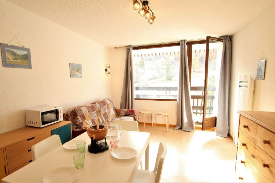 Rent in ski resort Studio sleeping corner 4 people (LEN319) - Résidence Aigle Noir - Serre Chevalier