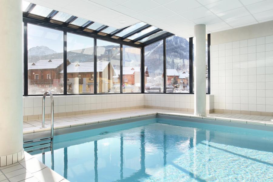 residence serre chevalier avec piscine - residence aquisana 20 serre chevalier location