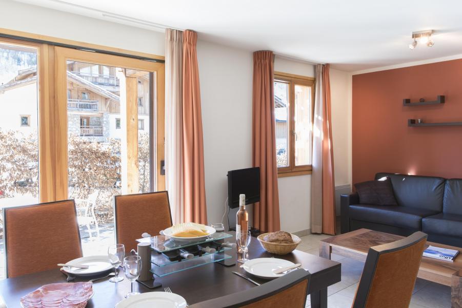 Location au ski Résidence l'Adret - Serre Chevalier - Table