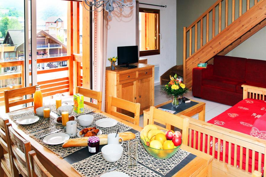 Rent in ski resort Résidence l'Aigle Bleu - Serre Chevalier - Dining area