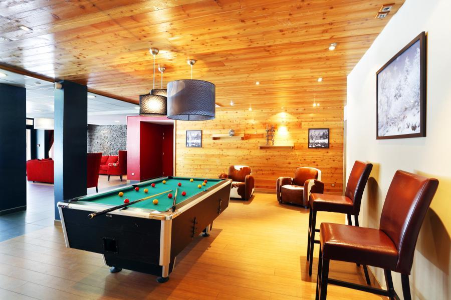 Rent in ski resort Résidence l'Aigle Bleu - Serre Chevalier - Pool