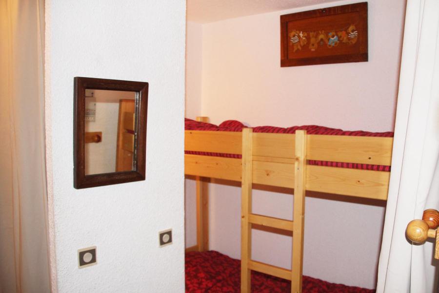 Location au ski Studio cabine 4 personnes (16) - Résidence l'Aiglon - Serre Chevalier - Couloir