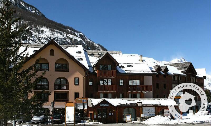 Vacances en montagne Résidence l'Alpaga - Maeva Home - Serre Chevalier - Extérieur hiver