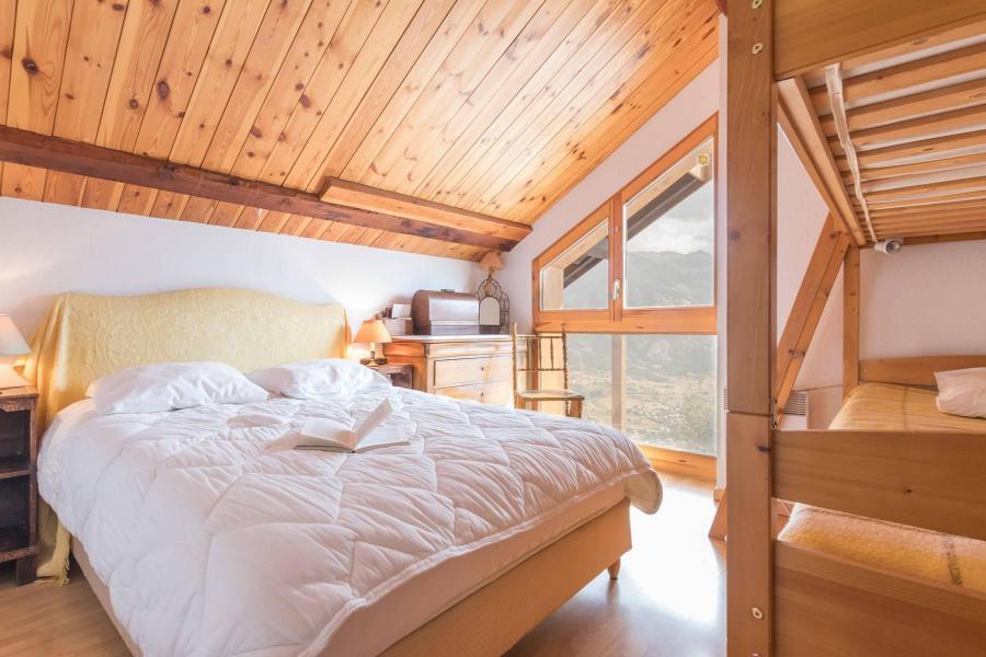 Ski verhuur Appartement 4 kamers mezzanine 12 personen - Résidence la Clé des Champs - Serre Chevalier - Zolderkamer