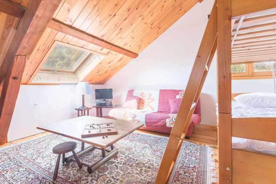 Location au ski Appartement 4 pièces mezzanine 12 personnes - Résidence la Clé des Champs - Serre Chevalier - Table