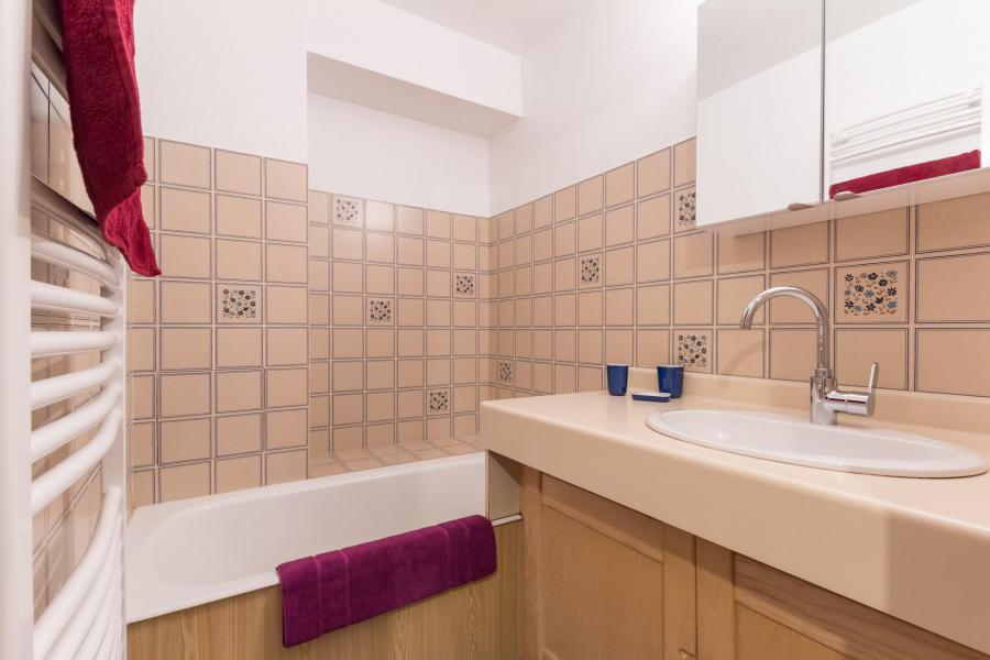 Soggiorno sugli sci Appartamento 2 stanze con cabina per 6 persone (QUE403) - Résidence la Gardiole - Serre Chevalier - Vasca da bagno