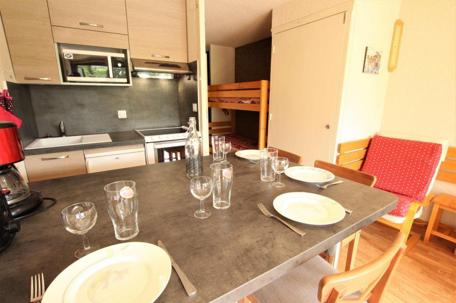 Rent in ski resort Studio sleeping corner 4 people (110) - Résidence Lautaret - Serre Chevalier