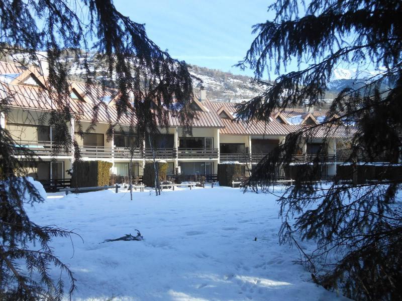 Ski verhuur Résidence le Clos des Cavales 1 - Serre Chevalier - Buiten winter