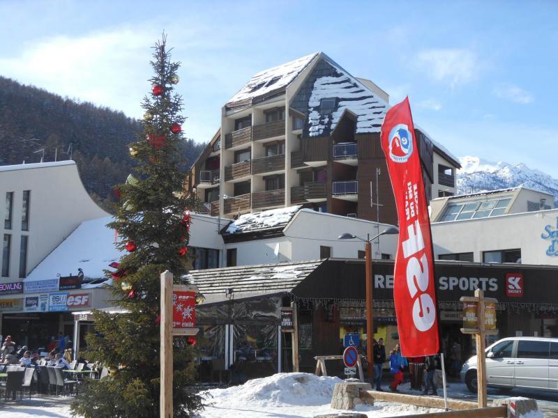 Soggiorno sugli sci Résidence le Serre d'Aigle - Serre Chevalier - Esteriore inverno