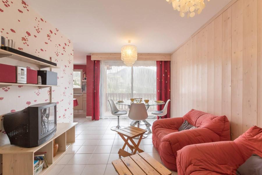 r sidence les coralines 1b serre chevalier location vacances ski serre chevalier ski planet. Black Bedroom Furniture Sets. Home Design Ideas