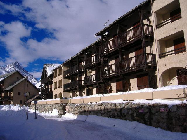 Soggiorno sugli sci Résidence les Fraches - Serre Chevalier - Esteriore inverno