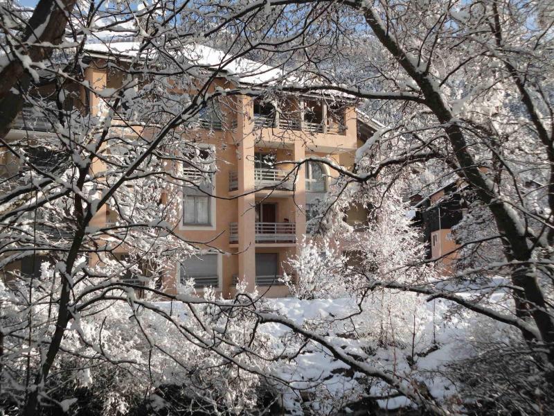 Soggiorno sugli sci Résidence les Jardins Alpins - Serre Chevalier - Esteriore inverno