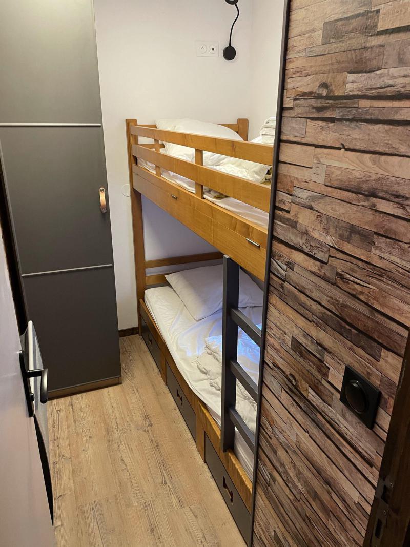 Location au ski Studio cabine 4 personnes (01) - Résidence les Neyzets - Serre Chevalier - Lits superposés
