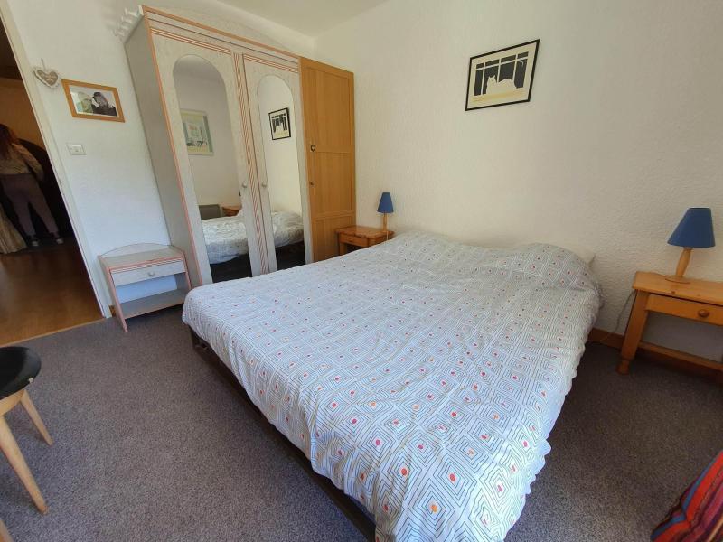 Location au ski Appartement 3 pièces 6 personnes (262) - Résidence Plaine Alpe 2 - Serre Chevalier - Banquette-lit tiroir