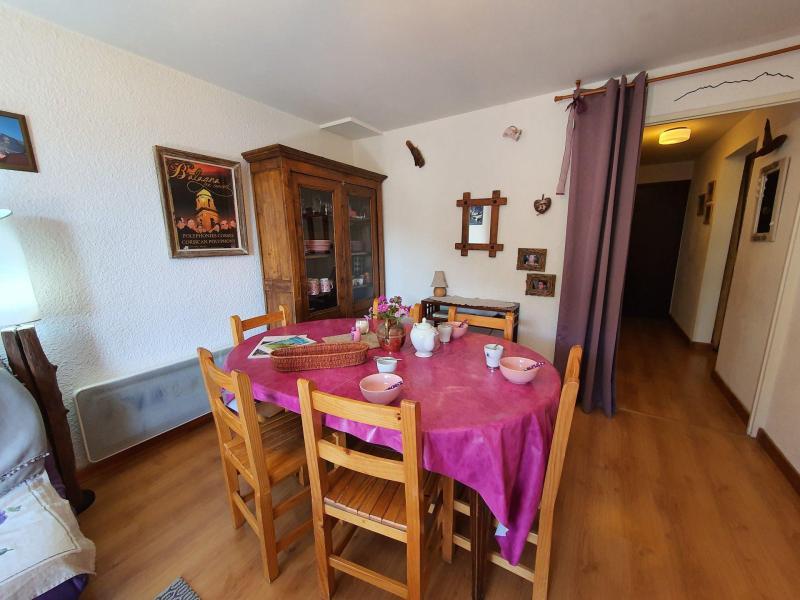 Location au ski Appartement 3 pièces 6 personnes (262) - Résidence Plaine Alpe 2 - Serre Chevalier - Table