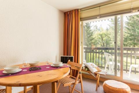 Location au ski Studio coin montagne 4 personnes (005) - Résidence Plaine Alpe - Serre Chevalier - Table