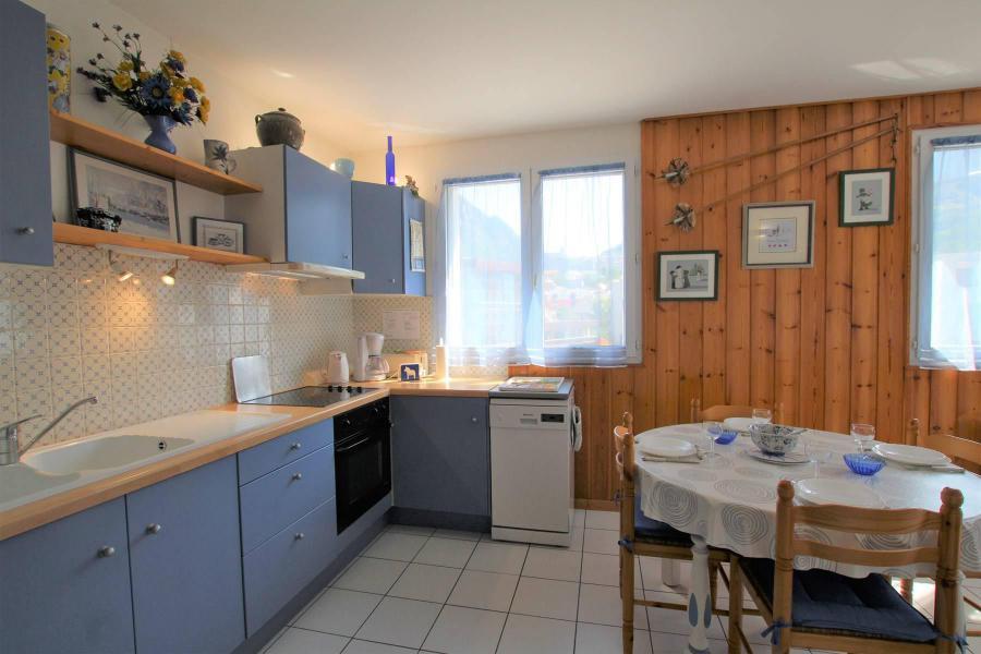 Location au ski Appartement 2 pièces coin montagne 4 personnes (B024) - Résidence Pré du Moulin B - Serre Chevalier - Cuisine ouverte