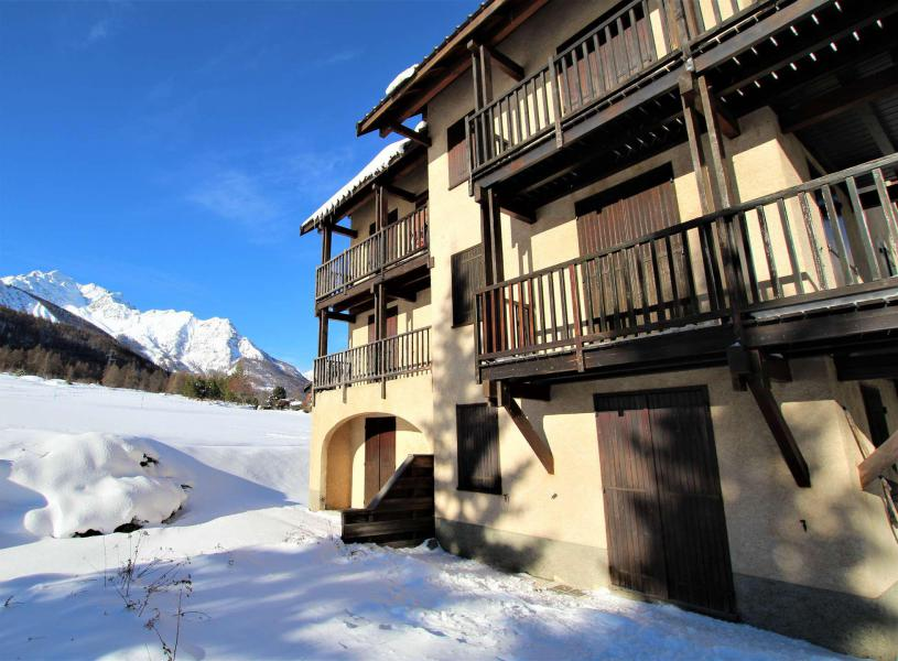 Location au ski Appartement 2 pièces 4 personnes (112) - Résidence Saint Appolonie - Serre Chevalier - Extérieur hiver