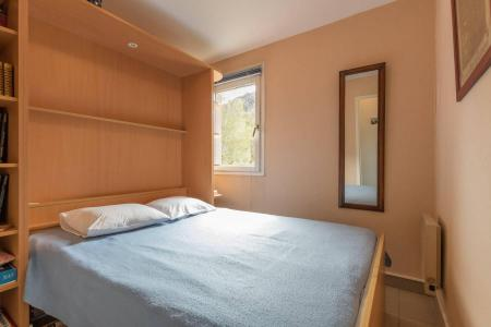 Rent in ski resort 2 room apartment sleeping corner 4 people (A301) - Le Relais de la Guisane A - Serre Chevalier - Bedroom