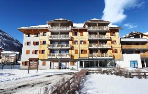 Rent in ski resort Résidence Aquisana - Serre Chevalier - Winter outside