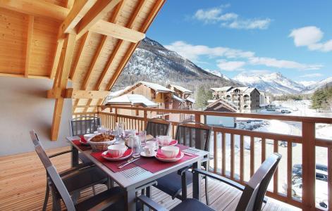 Rent in ski resort Résidence Aquisana - Serre Chevalier - Balcony