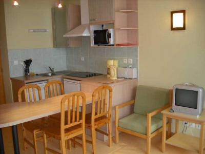 Location au ski Studio coin montagne 4 personnes (928) - Residence Coolidge - Serre Chevalier - Tv
