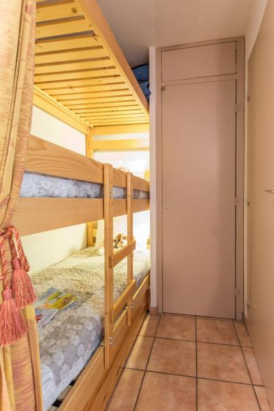 Location au ski Studio coin montagne 4 personnes (007) - Residence Grand Sud - Serre Chevalier
