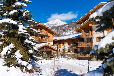 Location au ski Residence Lagrange Le Hameau Du Rocher Blanc - Serre Chevalier - Extérieur hiver