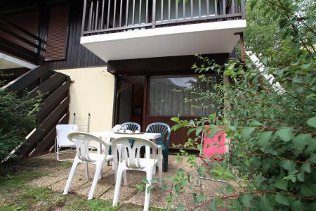 Rent in ski resort Studio sleeping corner 4 people (BIO14B) - Résidence le Clos des Cavales 2 - Serre Chevalier - Terrace