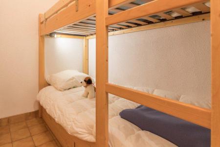 Rent in ski resort Studio sleeping corner 5 people (085) - Résidence le Clos des Cavales 2 - Serre Chevalier - Apartment