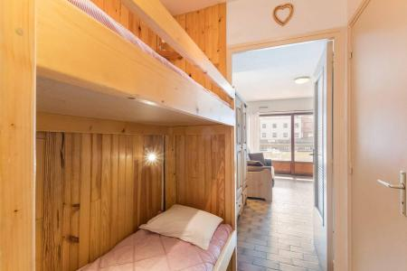 Rent in ski resort Studio sleeping corner 4 people (NED103) - Résidence Le Forum - Serre Chevalier - Bunk beds