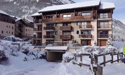 Location au ski Résidence le Hameau du Bez - Serre Chevalier - Extérieur hiver