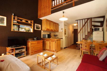 Location au ski Studio mezzanine 6 personnes (B012) - Résidence le Prarial - Serre Chevalier - Séjour
