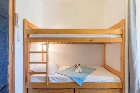 Location au ski Studio coin montagne 3 personnes (702) - Residence Le Serre D'aigle - Serre Chevalier - Lits superposés