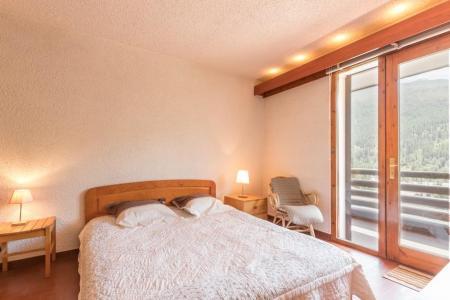 Location au ski Appartement 2 pièces coin montagne 6 personnes (210) - Residence Les Niveoles - Serre Chevalier - Chambre
