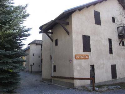Location Residence Myosotis
