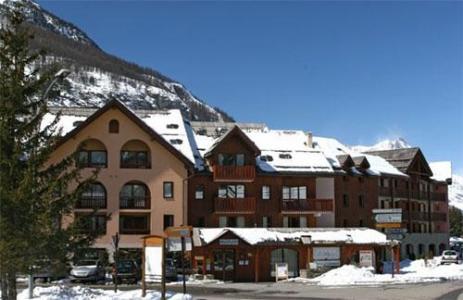 Location au ski Residence Pierre & Vacances L'alpaga - Serre Chevalier - Extérieur hiver