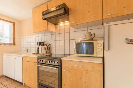 Rent in ski resort 3 room apartment 5 people (SEINT3) - Rue du Professeur Forgues - Serre Chevalier - Kitchenette