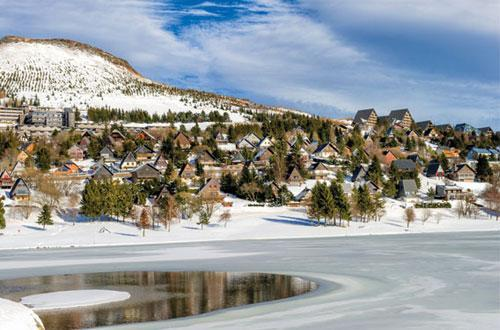 hotel belambra club le chambourguet super besse location vacances ski super besse ski planet. Black Bedroom Furniture Sets. Home Design Ideas