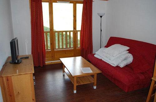 Location au ski Residence O Sancy By Residandco - Super Besse - Séjour