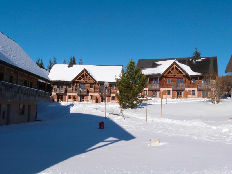 Location au ski Le Bois de la Reine - Super Besse - Extérieur hiver