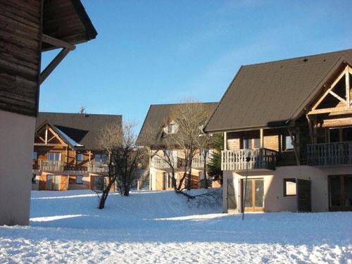 Residence Le Bois De La Reine 20%, Super Besse, location vacances ski Super Besse Ski Planet # Residence Le Bois De La Reine Super Besse