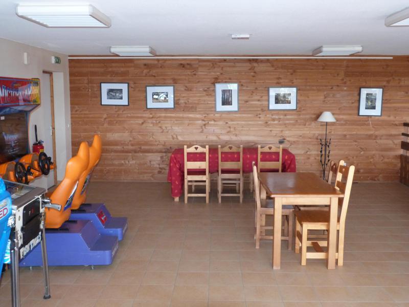 Location au ski Résidence le Bois de la Reine - Super Besse - Réception