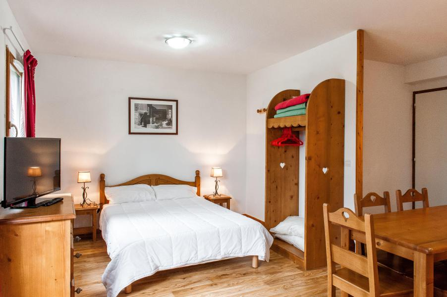 Аренда на лыжном курорте Résidence le Bois de la Reine - Super Besse - Двухспальная кровать